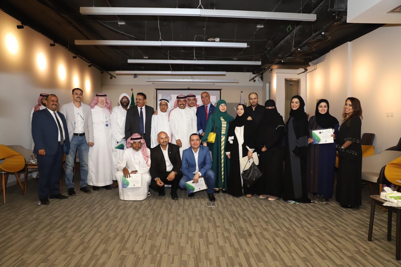 "Photo of في لقاء نظمته جمعية ""إعلاميون"" بمناسبة اختيار الرياض عاصمة الإعلام العربي 2019"