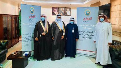 Photo of محافظ مرات يطلق حملة «الخوارج شرار الخلق» ويطلع على برامج التوعية