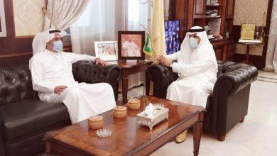 Photo of محافظ شقراء يجتمع بالرئيس التنفيذي للتجمع الصحي الثالث بمنطقة الرياض