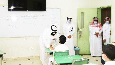 Photo of محافظ شقراء مخاطباً الطلاب: أنتم مستقبل هذه البلاد و المحافظة على سلامتكم أولوية
